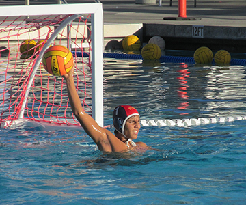 Water polo advances