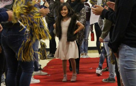 Tracy students come together to raise awareness for anti-bullying month